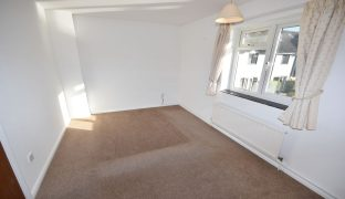 Hoveton - 3 Bedroom Town house