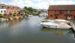 Horning - 3 Bedroom Town House