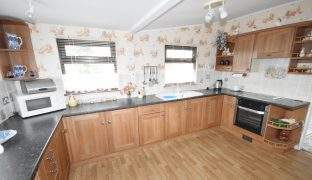 Repps with Bastwick - 3 Bedroom Detached House