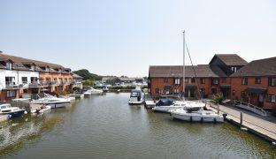 Horning - 2 Bedroom Town House