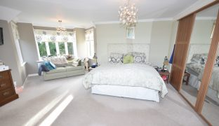 Wroxham - 5 Bedroom Detached House