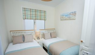Burgh St Peter - 3 Bedroom Lodge