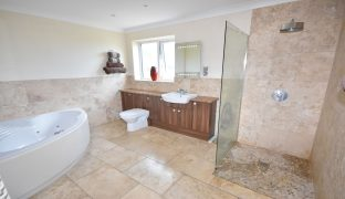 SOLD Winterton-on-Sea - 4 Bedroom Detached house