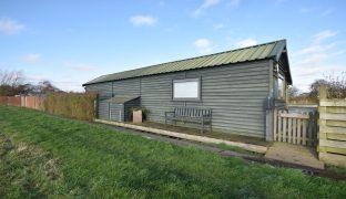 Repps with Bastwick - 1 Bedroom Detached bungalow
