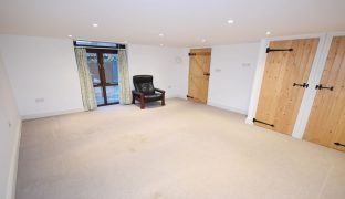 Ludham - 2 Bedroom Barn conversion
