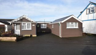 Hoveton - 2 Bedroom Detached bungalow