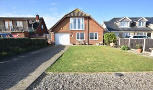 Scratby - 3 Bedroom Detached house