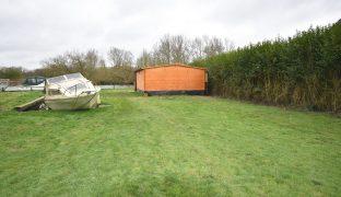 Thorpe St Andrew - Mooring plot
