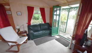Repps with Bastwick - 2 Bedroom Detached bungalow