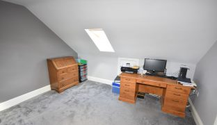Martham - 7 Bedroom Detached house