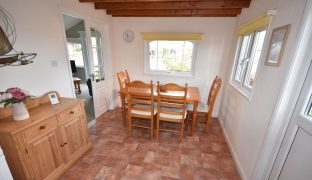 Repps with Bastwick - 3 Bedroom Detached bungalow