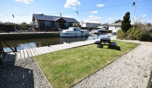 Brundall - Commercial premises and holiday lets
