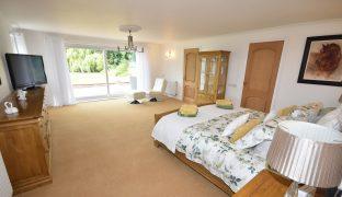 Filby - 6 Bedroom Detached bungalow